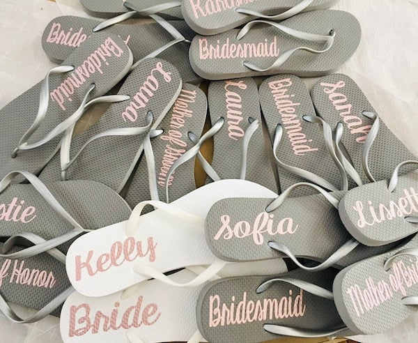 Personalized Bridesmaid Flip Flops | Etsy gift idea