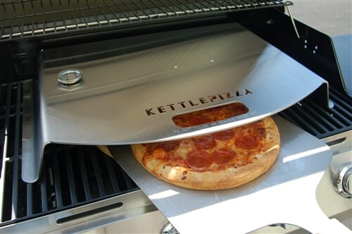 KettlePizza Gas Grill Pizza Oven Kit